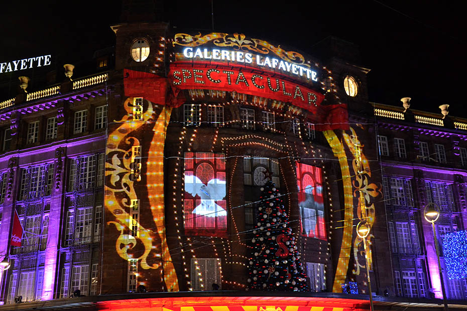 Christmas at the Galeries Lafayette: let the show begin!