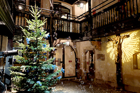 Dive into the atmosphere of Christmases of yesteryear at the Alsatian Museum
